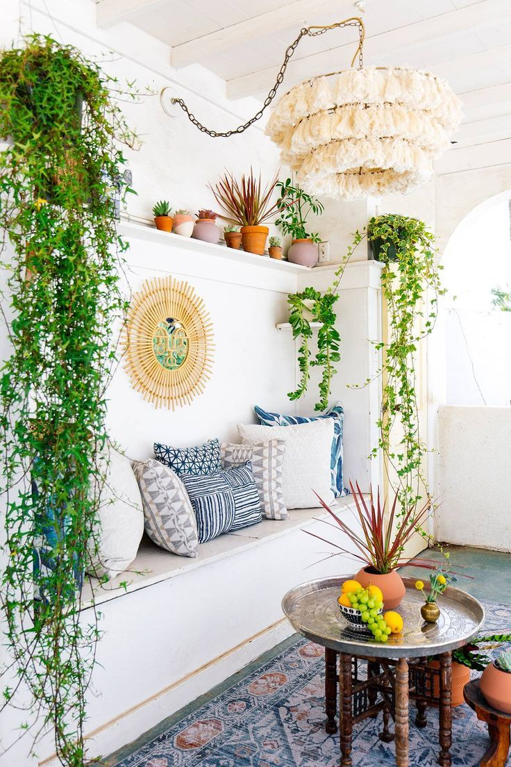 10 Bohemian Living Rooms to Inspire Your