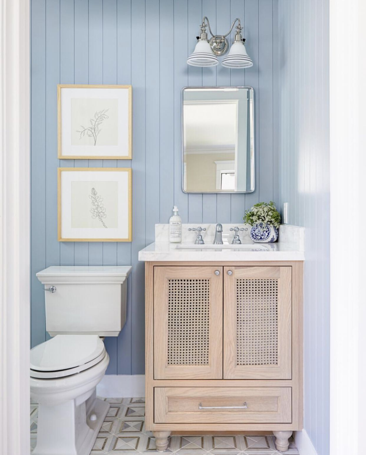 get inspired by smmakelifebeatiful farmhouse bathroom blue rh pinterest com