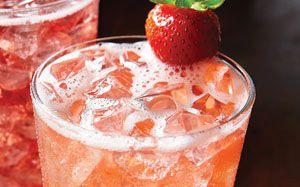 Strawberry Passion Fruit Limonata from Olive Garden = AMAZING