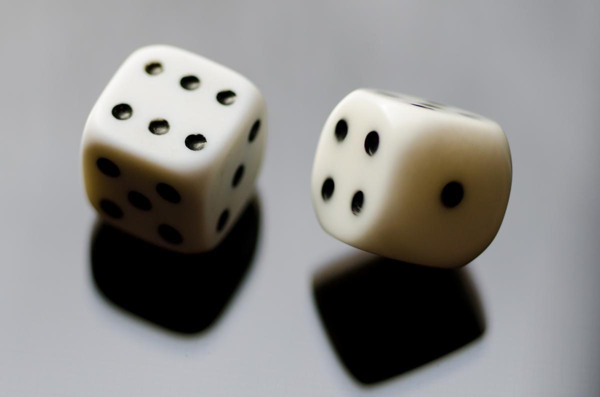 ❕ Luck dice dice 6 dice six - new photo at Avopix.com    ➡ https://avopix.com/photo/42402-luck-dice-dice-6-dice-six    #saltshaker #shaker #ocarina #container #wind instrument #avopix #free #photos #public #domain