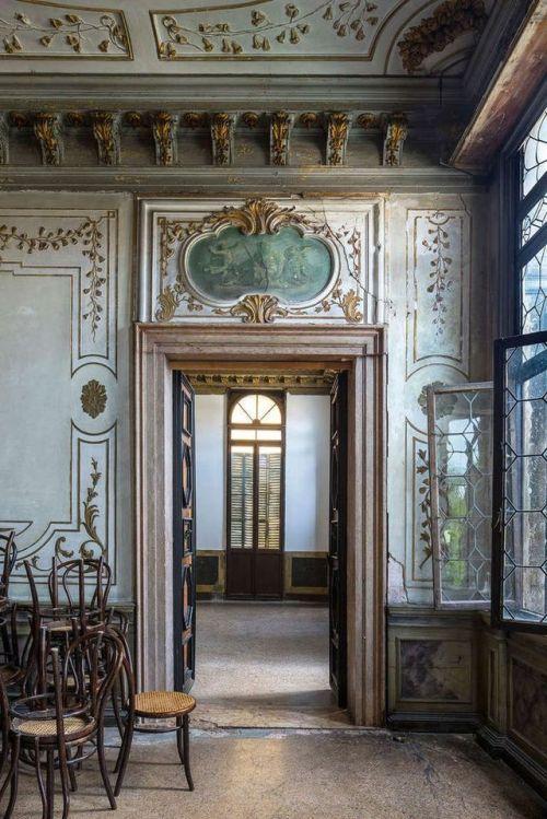 pin by alex goldstein on interior design venice italy palazzo venice rh pinterest com