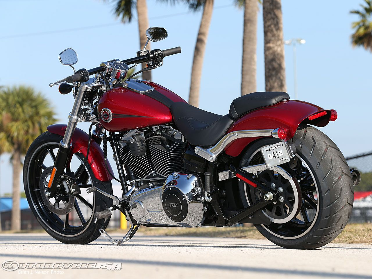 The new 2013 Harley-Davidson Breakout is offered in Vivid ...