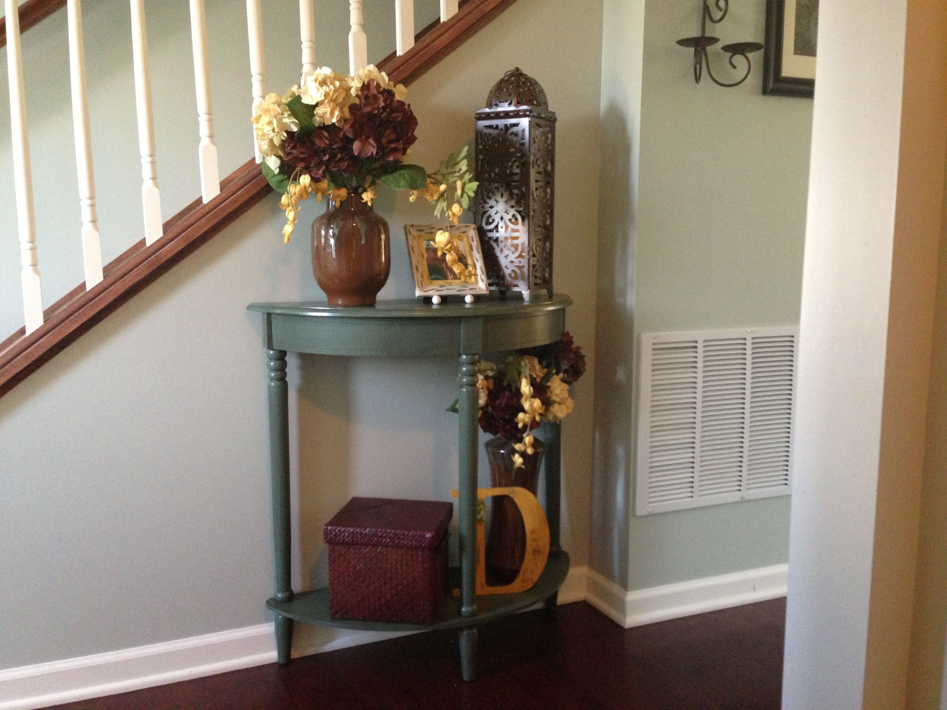 Small Foyer With Stairs : Small entryway table home decor pinterest