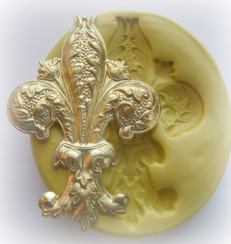 100% Reusable Fleur de Lis Ice Mold - Large | Icecraft International ...