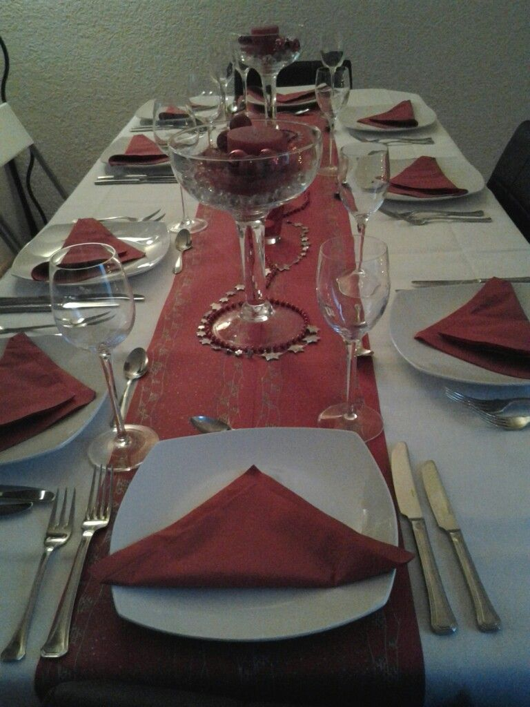 Our Christmas table setting diner