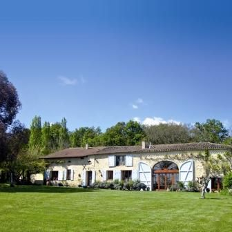 A five bed farmhouse in the Lot et Garonne. Includes a pool and stables (natch)
