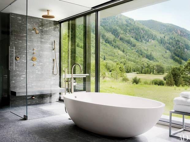 21 Bathtubs With The Best Views Domino Best Bathroom Designs Bathtub Design Luxury Bathtub