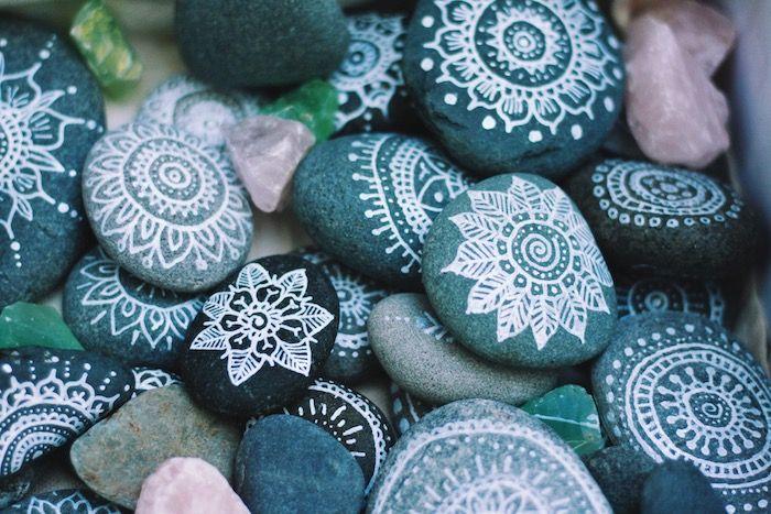 ▷ 1001 + kreative und leichte Ideen zum Steine bemalen #steinebemalenvorlagen