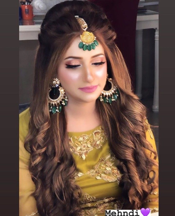 Pin By Daniyal Maqsood On Hairstyle And Color Party Hairstyles For Long Hair Pakistani Hair Pakistani Bridal Makeup Hairstyles