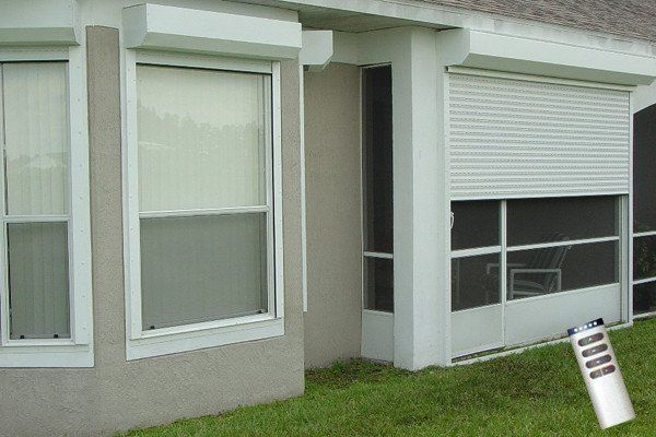 42 25 X 35 Rolling Hurricane Shutter 40 Mm Hurricane Shutters Roll Down Hurricane Shutters Cottage Shutters