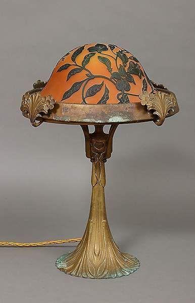 Tischlampe gezeichnet  Tischlampe, Jugendstil, Bronze/Messing/Glas, wohl Schneider ...