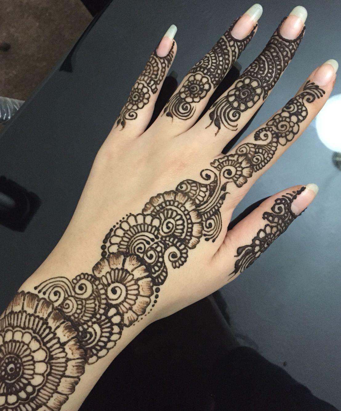 Simple floral henna design with finger details ️ Mehndi