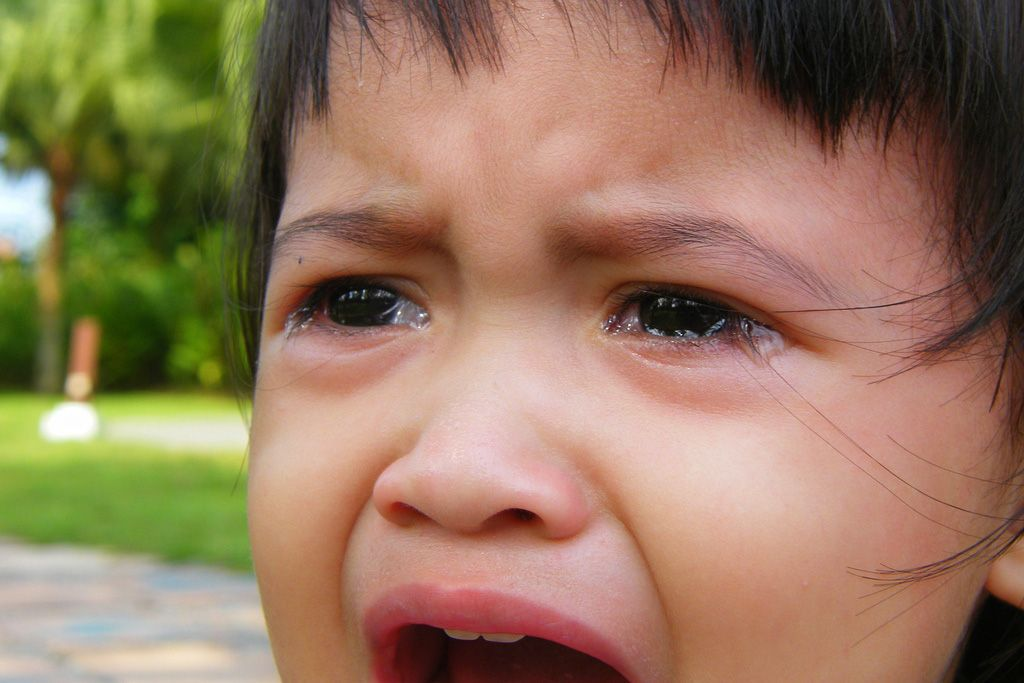 How to calm an hysterical crying preschooler mindfulness