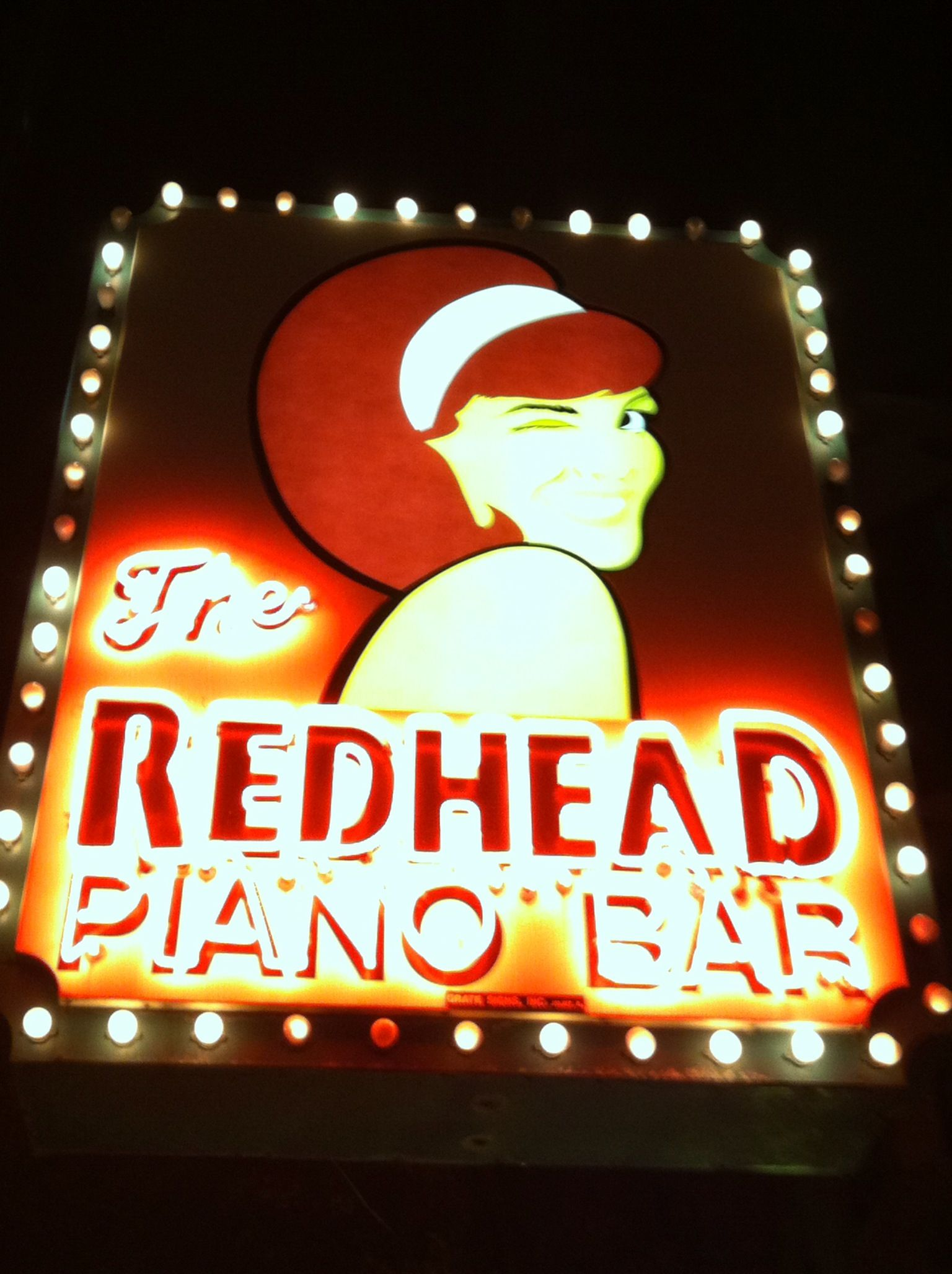Chicago sites Neon signs, Favorite places, East coast