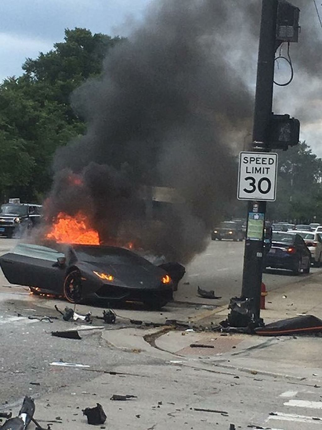 Lamborghini Huracan On Fire Funny Pictures Pictures Best Funny Pictures