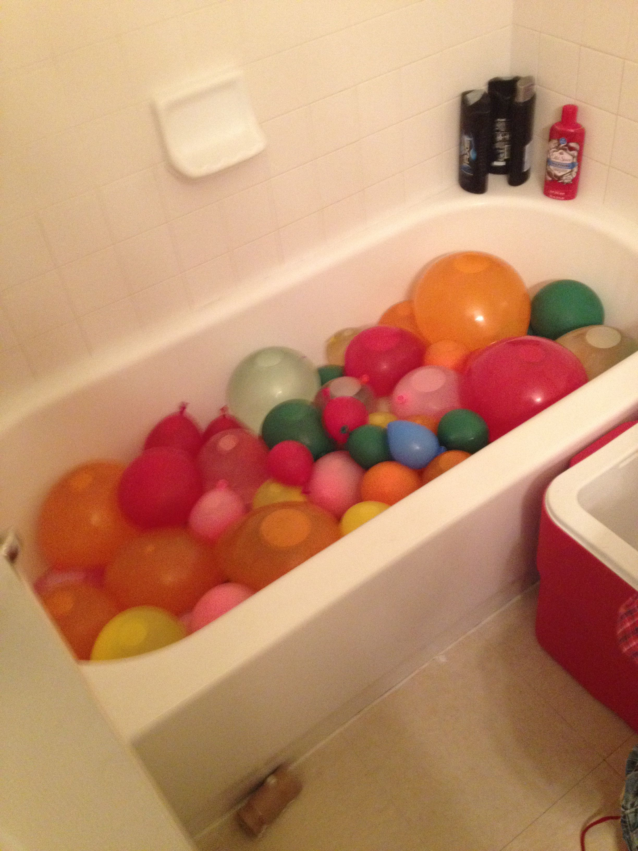 Mega Water Balloon Fight 1 Pkg 75 Count Balloons At Walmart Fill