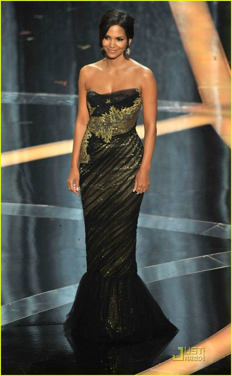Halle berry halle pinterest halle carpet styles and red carpet