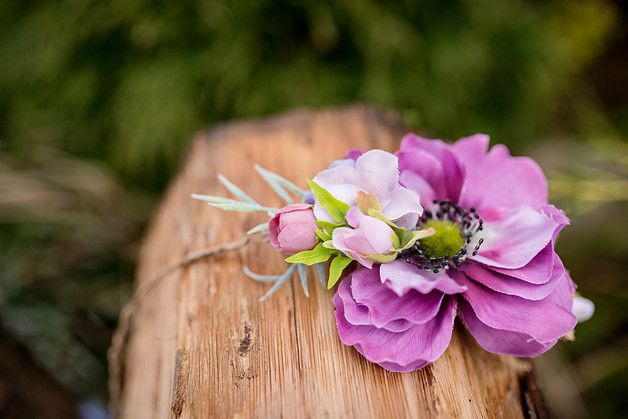 Beautiful, delicate flower crown. Flower crown is made personally with the utmost care with natural-looking artificial flowers and leaves in pastel colors. Our flower crown is perfect for a wedding...
