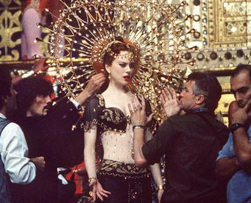 Nicole Kidman In Moulin Rouge With Images Moulin Rouge