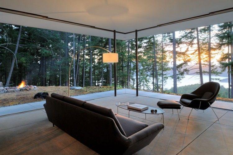 Salas con grandes ventanales awesome interiors for Casas modernas acogedoras