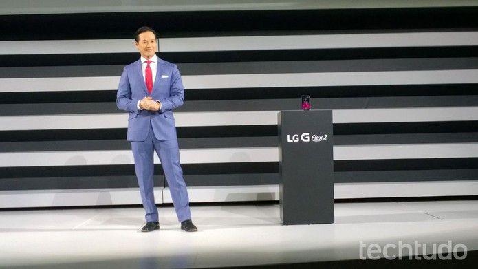 LG G Flex 2 é lançado na CES 2015 (Foto: Fabrício Vitorino/TechTudo)
