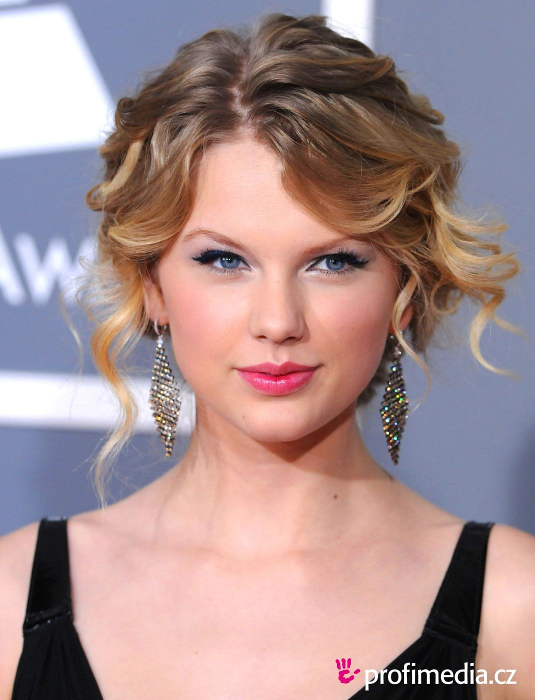 Celebrity Hairstyles Taylor Swift | Dazzling Hairstyle | Pinterest