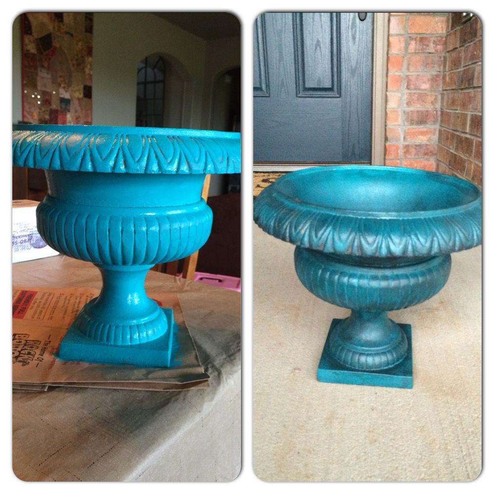 Turquoise planter i painted an old metal planter with for Craft paint for metal