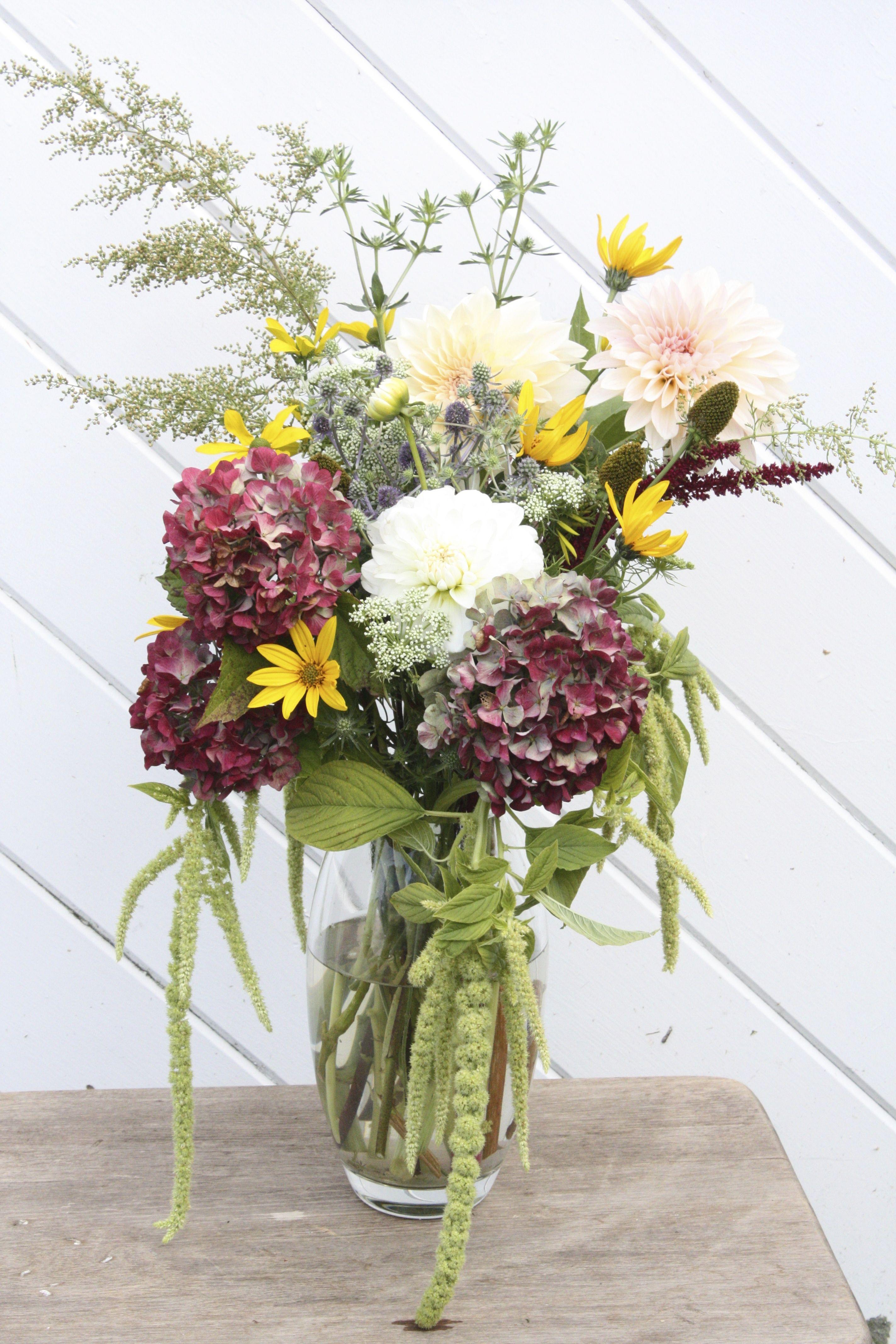 October seasonal flowers. Dahlia, hydrangea, sweet Annie