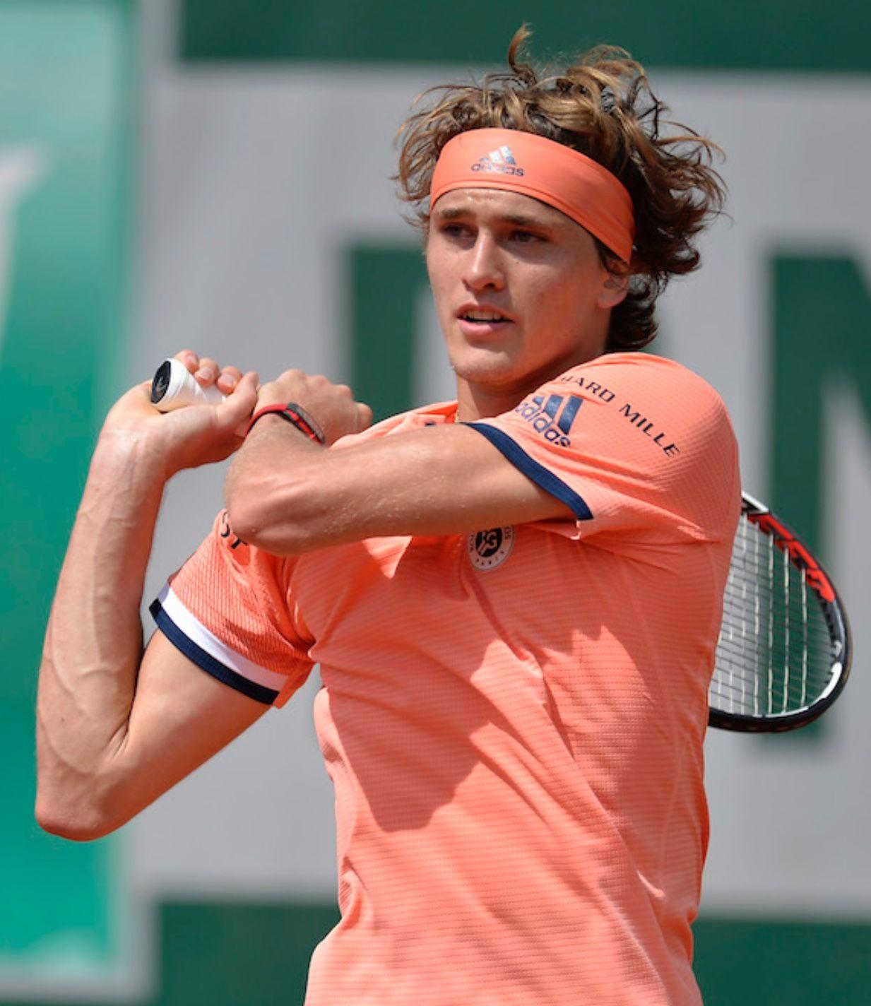 Little Lion From Britwatchsports Com Alexander Zverev Tennis Players Handsome Boys