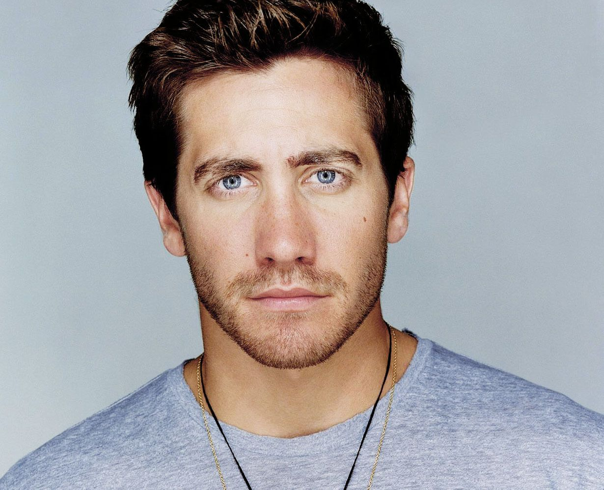 What's not to absolutely adore about Jake Gyllenhaal. He's