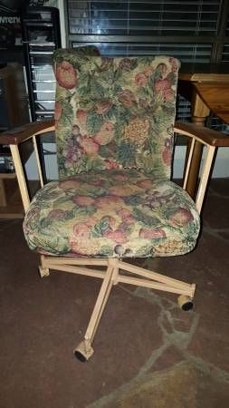 Vintage 1980s Kitchen Table And 4 Rolling Chairs By Niftygroovy