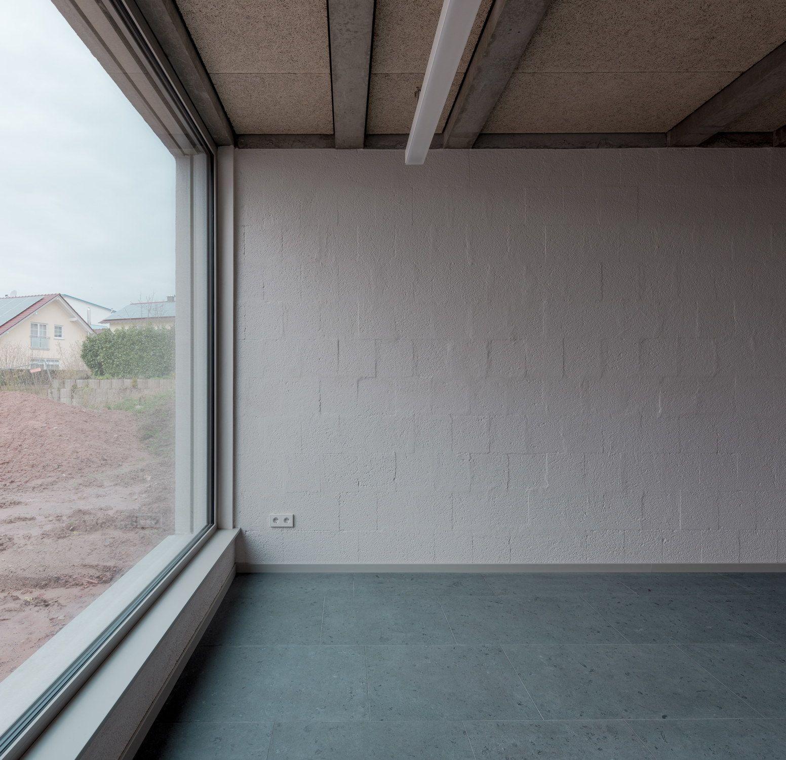Beten Unter Betonschalen Gemeindehaus In Kaiserslautern Von Bayer Strobel Architekten Architekt Architektur Gunstig Bauen