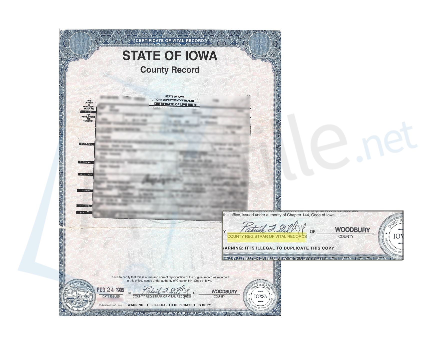 Iowa Birth Certificate signed by the Woodbury County Registrar – Birth Certificate Sample