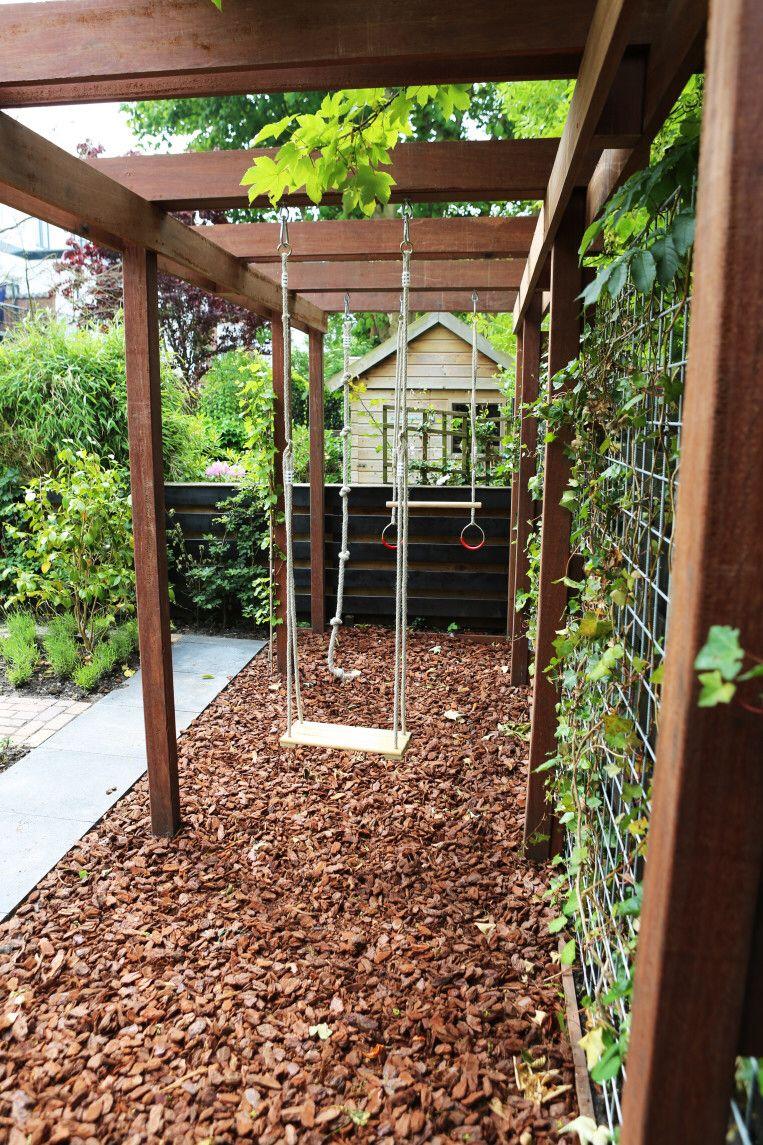 Schommel buiten spelen pinterest backyard gardens and yards