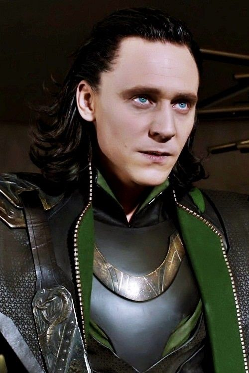 Loki in The Avengers ~ WOW, this photo sure affirms how BLUE his eyes are, not the green as they are in so many touched up photos