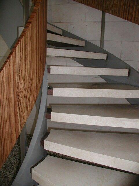 Pelda os de marmol y madera escalera de caracol casa - Peldanos para escaleras ...