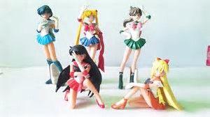 Résultat d'images pour  sailor moon figurine