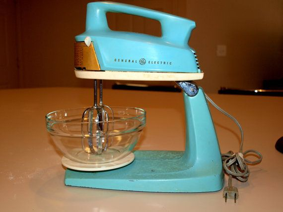 Vintage Turquoise General Electric 2 In One Hand Stand Mixer Etsy Vintage Turquoise Vintage Appliances General Electric
