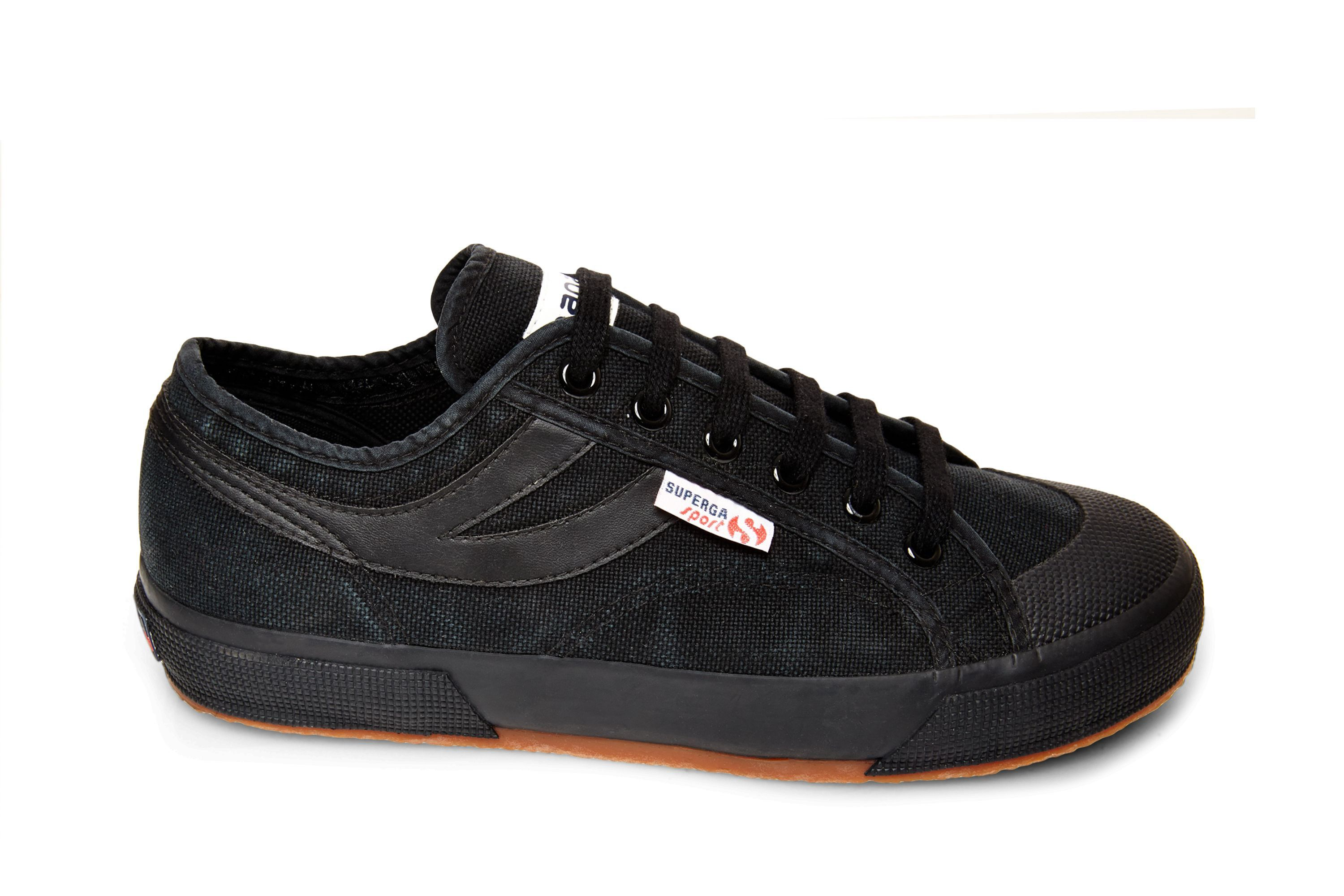 2750 COTU PANATTA - This retro-inspired Superga sneaker captures that  perfect blend of classic and cool. These textile laceups feature a sleek,  ...