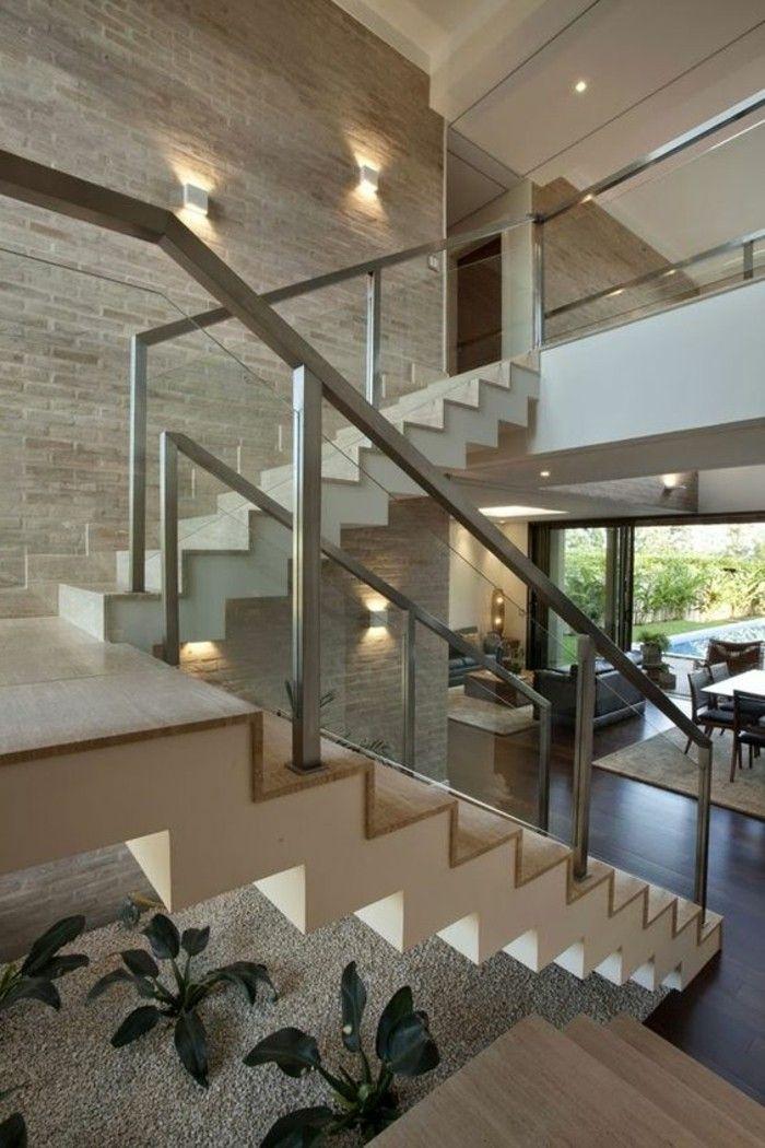 Treppe mit glasgel nder f r schickes interieur l ments for Escaleras interiores modernas