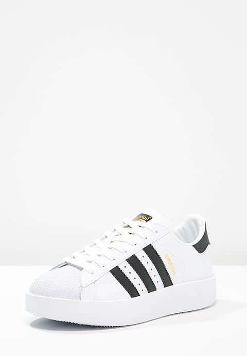 Chaussures adidas Originals SUPERSTAR BOLD - Baskets basses - white/core  black/gold metallic