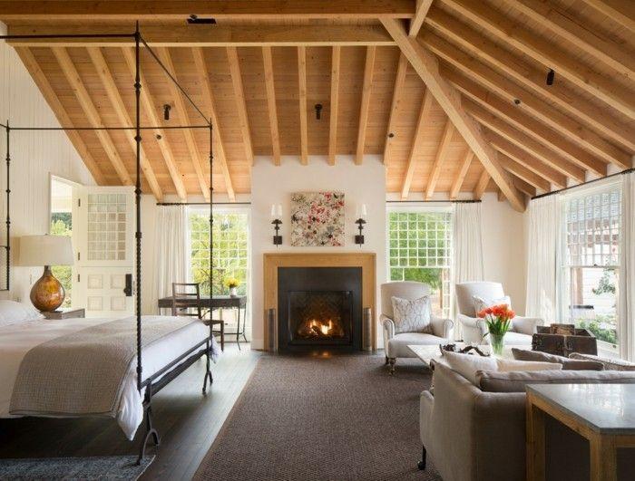 schlafzimmer landhausstil holzdecke teppichboden für zonierung und