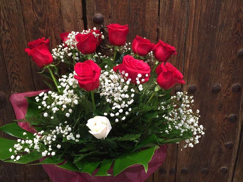 Descubre Como Puedes Conservar Un Ramo De Rosas Durante Mucho Más Tiempo Tips Y Consejos Caseros útiles Para Que Tus Ramo De Rosas Plantas De Orquideas Rosas