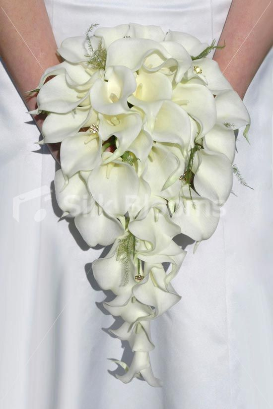 Cascading Bridal Bouquets Ivory Calla Lily Fern Bouquet With Crystals