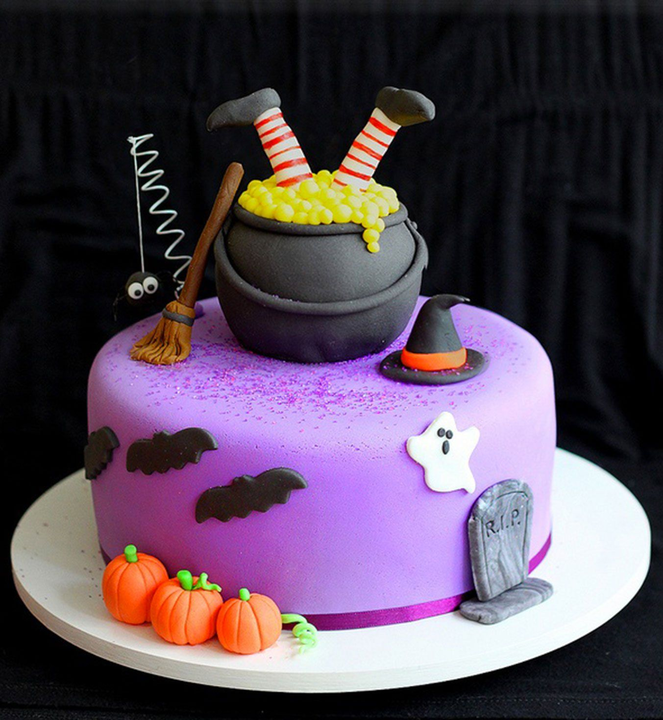 Les 36 plus beaux cakes d\u0027Halloween Halloween 2017, Halloween - Halloween Cake Decorating Ideas