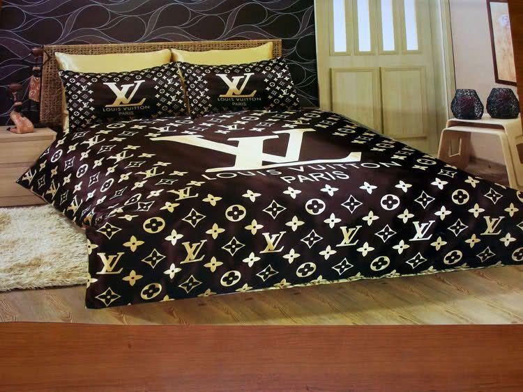 Louis vuitton made of extremely fine satin dark for Utilisima decoracion de interiores