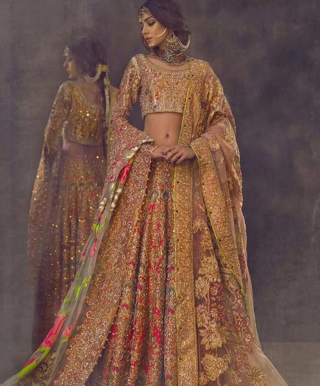 Pin von Fashion World auf Indian and pakistani costumes | Pinterest ...