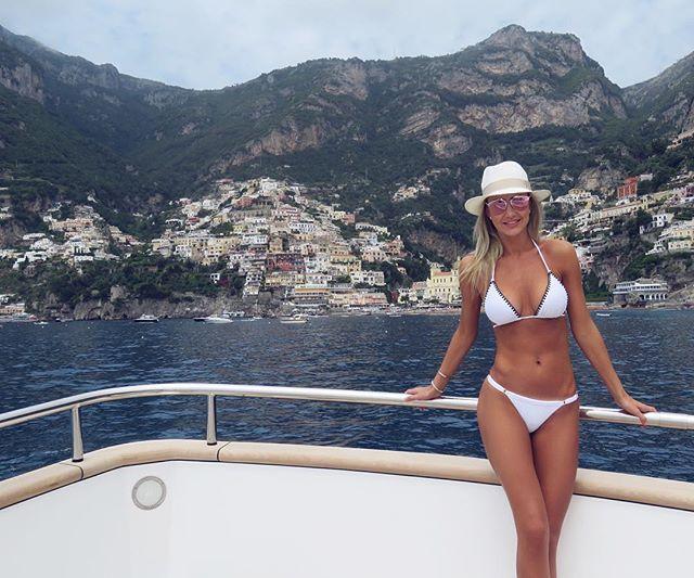 Nosso último passeio até Positano.... ⚓️⚓️⚓️ Já querendo voltar  (Biquíni da minha coleção nova Verão 2017 @galeriadobikini ♥️) #positano #italy #travel #traveling #instatravel #instago #instagood  #photooftheday #fun  #bikini #abikiniaday