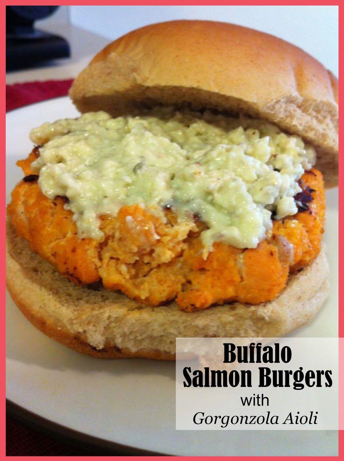 Buffalo Salmon Burgers with Gorgonzola Aioli ~ Life a la Wine | A Lifestyle, Food & Running Blog Skip the bun and the panko.