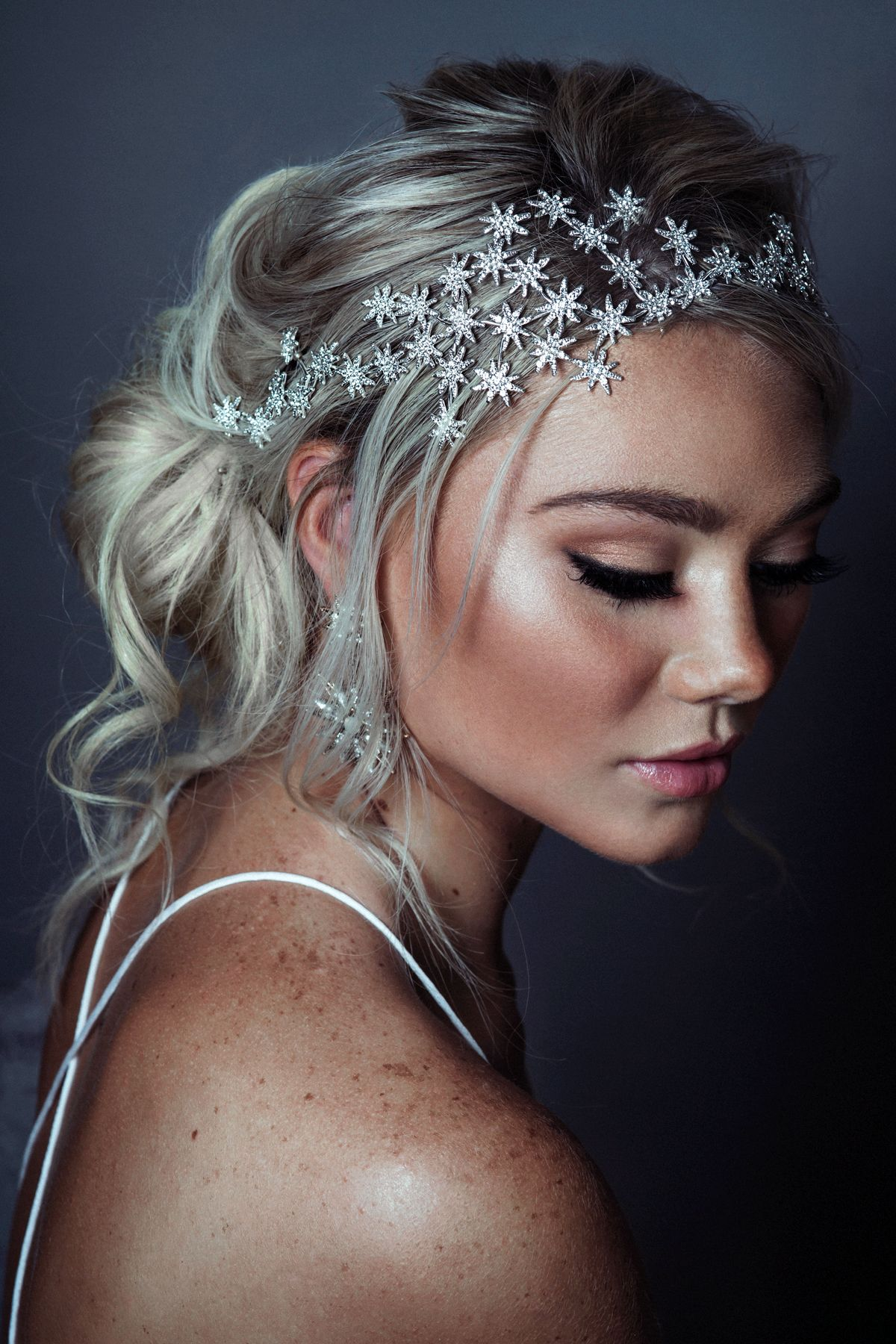 Beautiful Bridal Headpiece Trends for 2019 and How To Wear Them #bridalheadpieces